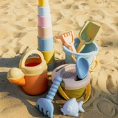 Dnes bol krásny slnečný deň a vyzerá to tak, že leto nekončí. ⛱☀️🍉 Preto si ho naplno ešte užívajte a viete čo? Pripravili sme si pre Vás 10% zľavu na všetky hračky do piesku, vody a záhradu. ☺🔎🕶🧺 . . . #byrory #zlava #zahrada #hrackydovody #hrackydopiesku #hrackynavon #hracky #piesok #bazen #kupkanie #zabava #hrackarstvo #detskyeshop #obchodpredeti #deticky #mamanamaterskej #domastroma #pracujucamama #dantoy #hrackybezplastu #zabavasdetmi #predeti #leto #slnko #radost #mama #mamina #dcera #syn