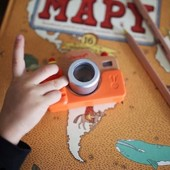 Čoskoro sa bude dať znovu voľne cestovať. 🌎✈️ Tešíte sa? 😊 Fotky sú spomienky na niečo krásne, čo sme videli, zažili a chceme si ich uschovať nie len v pamäti, ale aj na papieri 👨👩👧👦📸📱 . . . #byrory #detskysvet #detskaradost #hracky #hrackypredeti #hrackypreradost #drevenehracky #hrackarstvo #predeti #sdetmi #prechadzkasdetmi #slnecnedni #radost #dievcatko #chlapcek #detskyeshop #drobci #childhood #children #woodentoys #deti #deticky #fotak #detskyfotak #fotografovanie #fotky #spomienky #fotoalbum